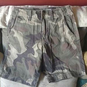 Mens sz 28 American eagle army camo khaki shorts